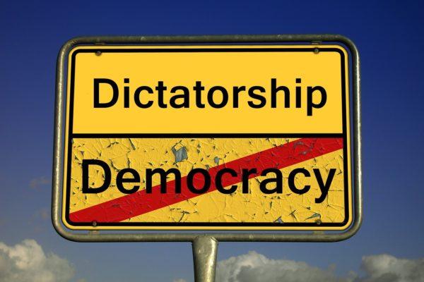 Democracy Index. Nel mondo la democrazia è in affanno