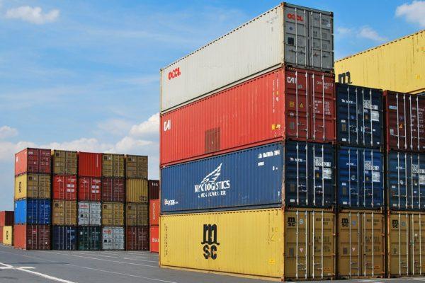 Commercio internazionale, tempi lunghi per la ripresa