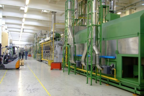 Dati PMI di settembre: manifattura continua la risalita, servizi frenano.