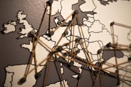 Europa a rischio lockdown, rispunta l'ipotesi double dip