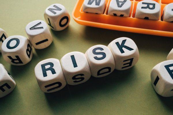 USA divisi, pandemia perdurante, S&P500 sull'ottovolante. Un viaggio tra i principali rischi dell'anno appena iniziato