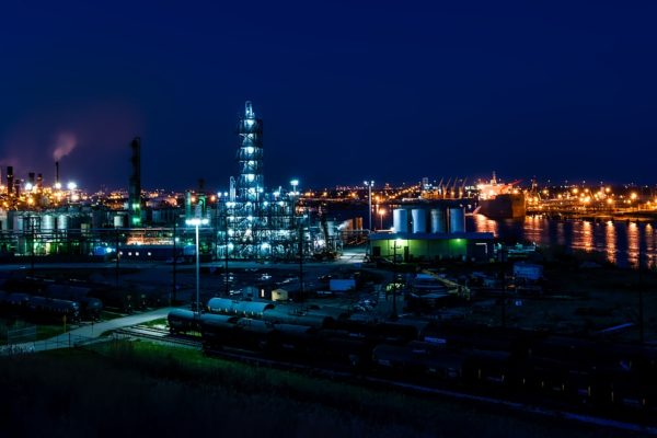 Prezzo del petrolio, un mix di ingredienti da montagne russe