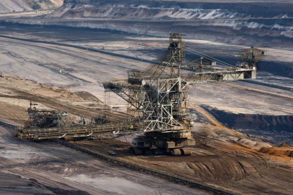 Una fiammata di carbone