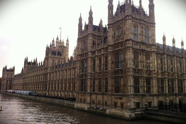 """Il Quantitative Easing della BoE """"bastonato"""" dalla Camera dei Lords"""