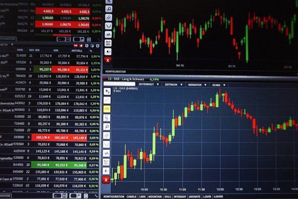 Mercati azionari, correzione in vista?