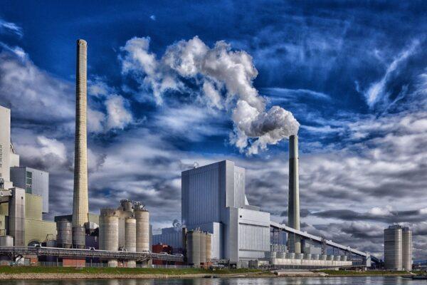 World Energy Outlook, ancora pochi fatti sulla transizione energetica