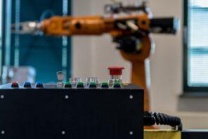 Automazione e lavoro, tra produttività e redistribuzione